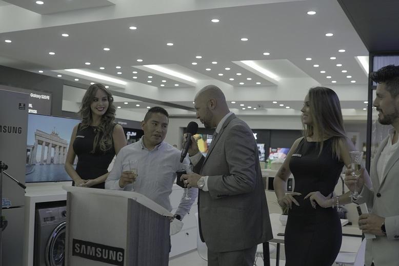 Cochabamba es sede de la tienda de experiencia más grande y moderna de Samsung