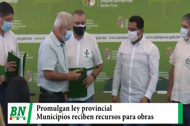 Costas promulga Ley de fortalecimiento provincial y entrega recursos a municipios para obras