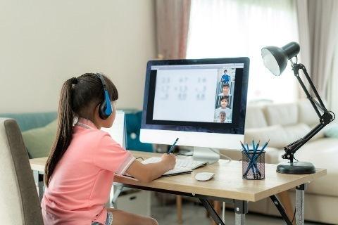 Tigo desarrolla habilidades digitales en colegios del país