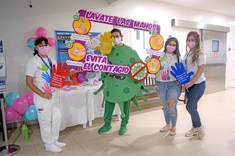 La Clínica Foianini celebró el Día Mundial de la Higiene de Manos con una amena campaña de concientización