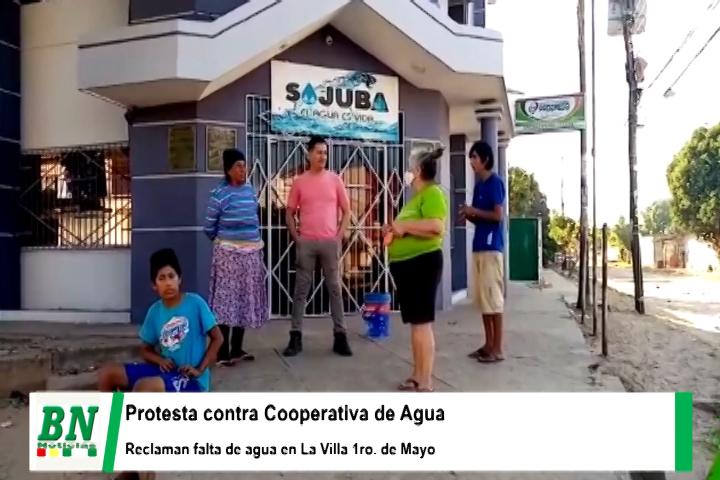 Vecinos de La Villa 1ro, de Mayo protestan por falta de agua y acumulan vasijas en puertas de Cooperativa Sajuba