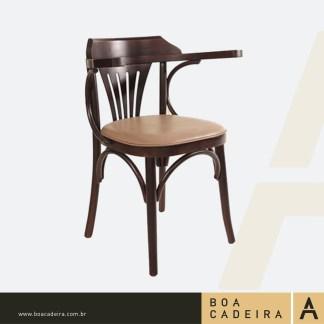 Cadeira-de-Madeira-Estofada-com-braço-Cabo-Frio