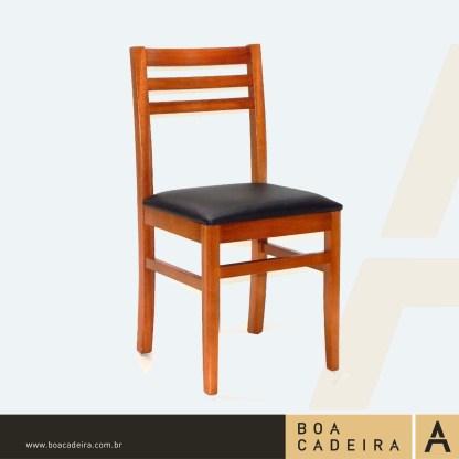 Cadeira-de-Madeira-estofadaAGROLÂNDIA-dllrt