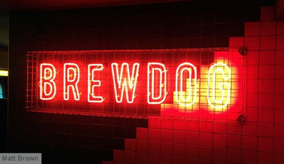 Neon sign: BREWDOG.