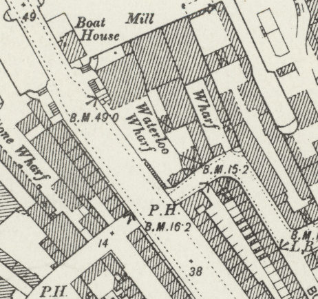 Map of Waterloo Road/Commercial Road intersection.