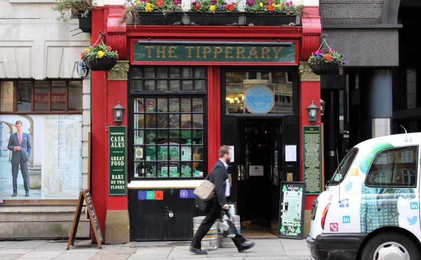 The Tipperary, Fleet Street. (Exterior.)
