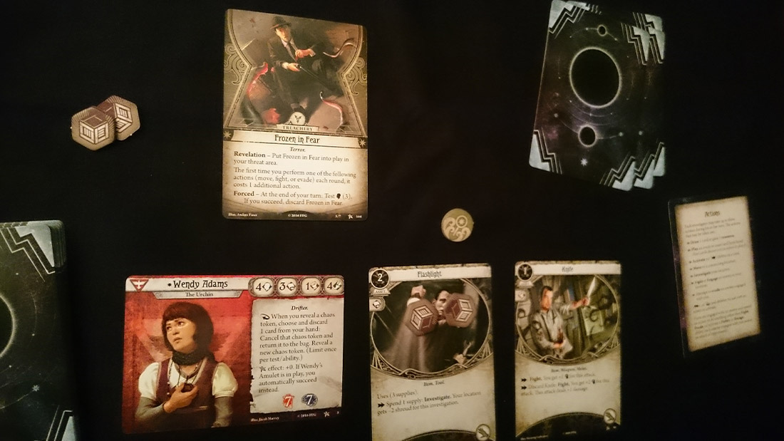 arkham-horror-card-game-board-game-stories-review-4