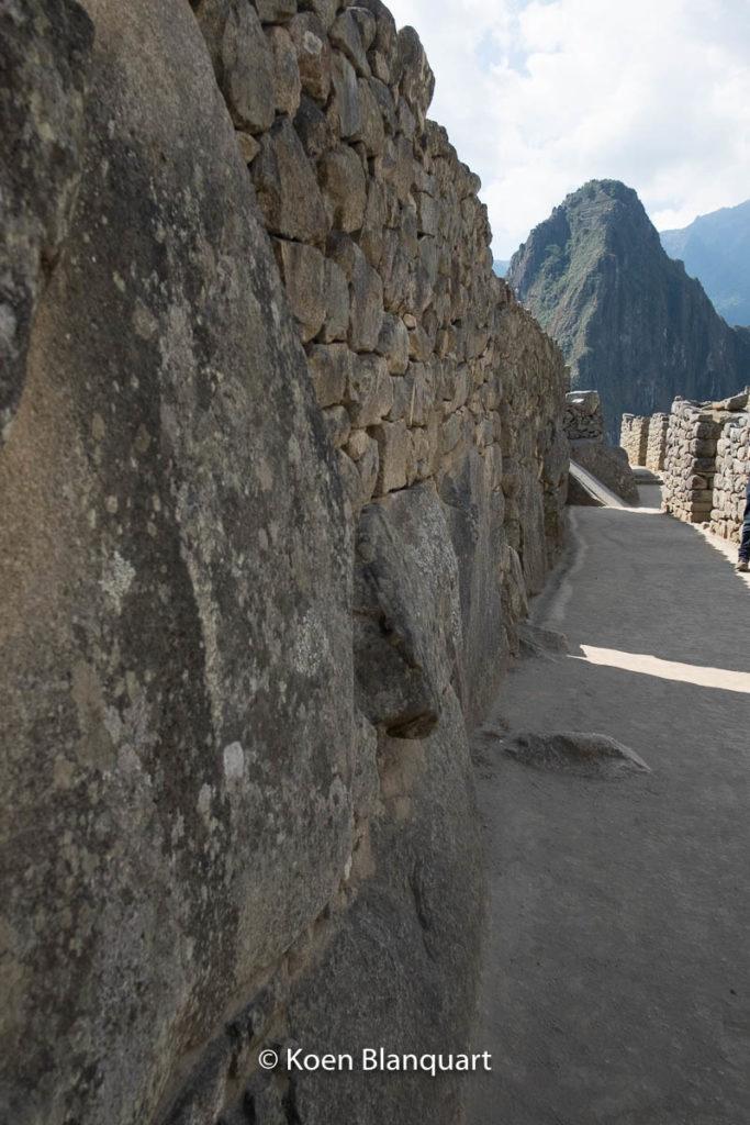 Peru - Machu Picchu - by Koen Blanquart -DSCF2060