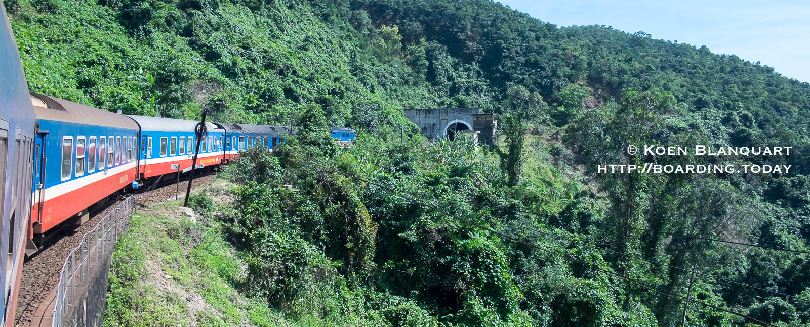 The train between Hanoi and Saigon passing in the mountains