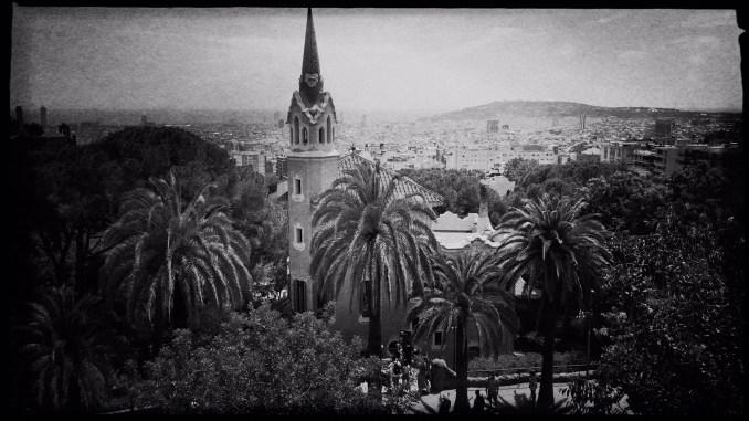 Barcelona in Schwarzweiß Reiseblog Im Schatten des Windes Boarding Completed28
