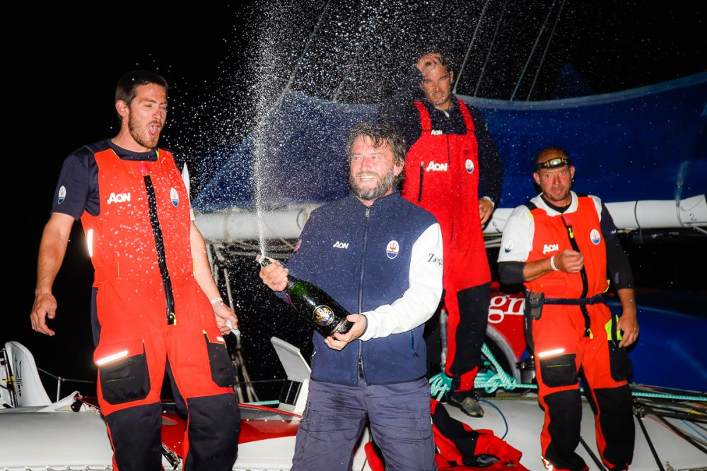 Soldini torna in acqua e vince la 39° Rolex Middle Sea Race