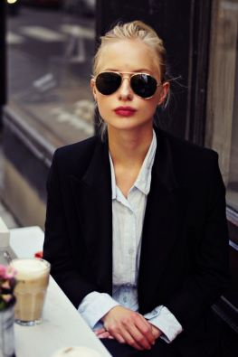Paris fashion style photo