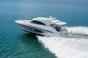 rivieras-4800-sport-yacht
