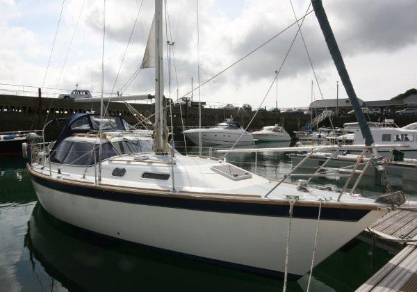 Westerly Riviera 35 Brick7 Boats