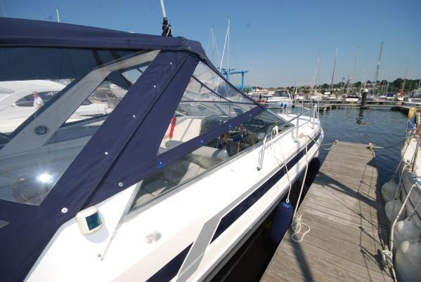 Sunseeker Portofino 31 Brick7 Boats