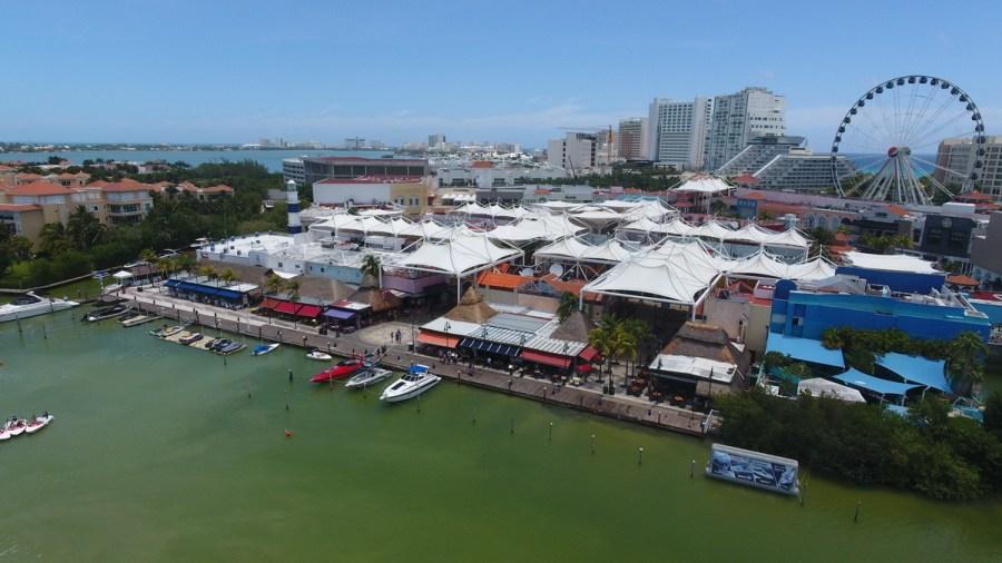 Fashion Harbor Marina Cancun