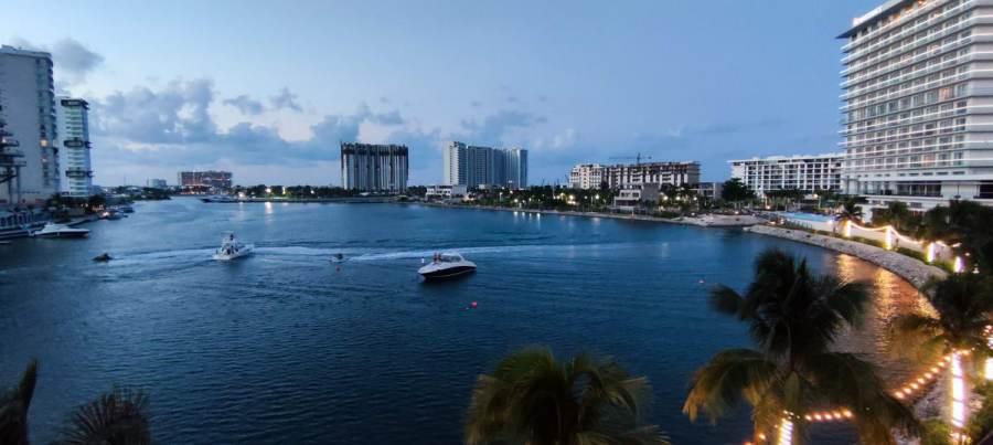 marina puerto cancun yachts boats