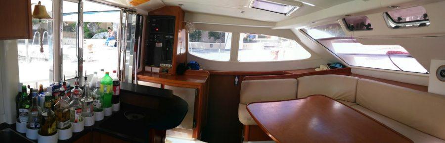 Catamaran Leopard