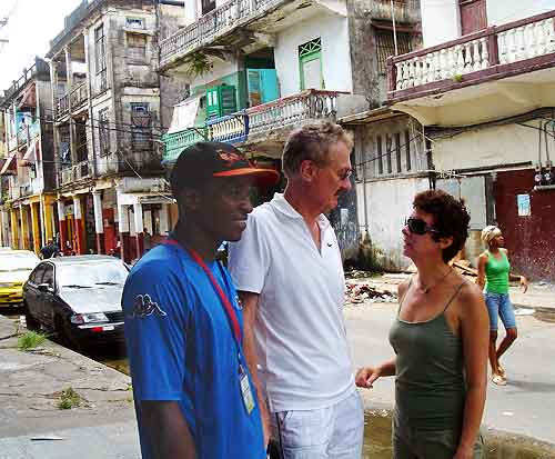 Muggers in Colon, Panama: A dangerous street in Colon.