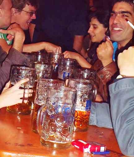 Paradise Hotel Rtl: Oktoberfest: Breasts, Big Beers, And Bavarian Barf