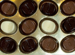 The Edible Anus comes in meek milk, dilated dark and tight white Belgian chocolate.