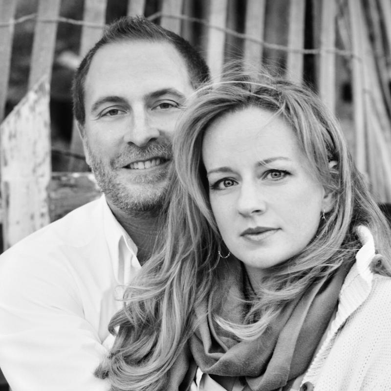 Roslyn Bennett and Dr. Robert Cargill announce their engagement