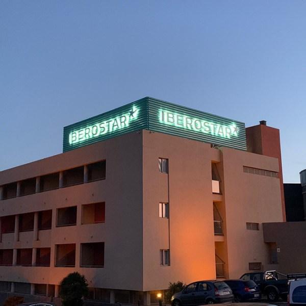 Rótulo Luminoso Hotel Eólicas Tenerife Canarias