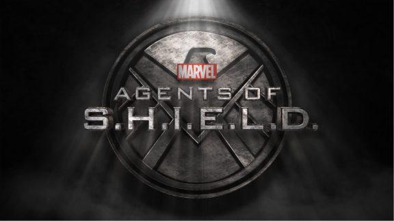 Marvel's Agents - serial powstał w ramach [Marvel Cinematic Universe](https://pl.wikipedia.org/wiki/Marvel_Cinematic_Universe); z uwagi na przygody ze Skye pogubiłem się w poprzednim sezonie i wypadałoby powtórzyć sezon.
