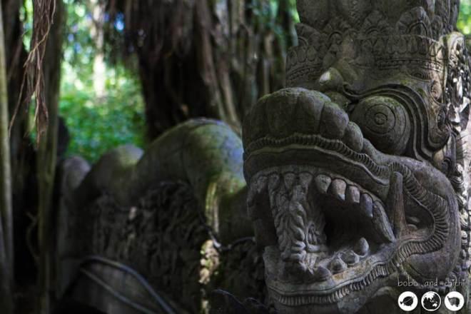 Dragon-Stair-Statue