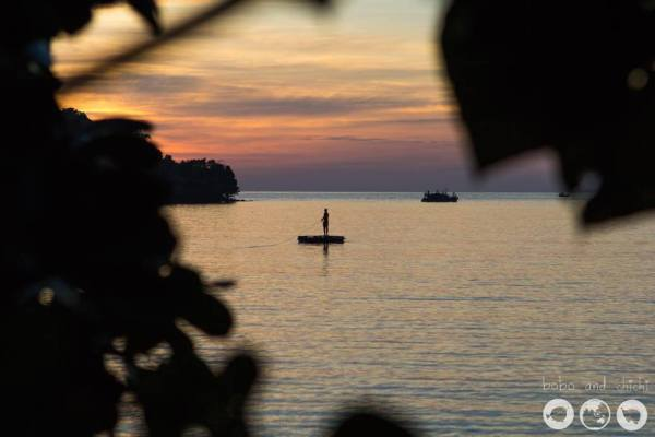 Thomas-on-raft-@-sunset