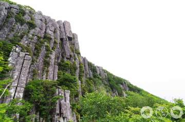 Seoseokdae Rock and Ipseokdae