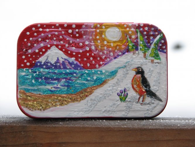 Illustration - Arcrylic paint and glitter on Altoids box