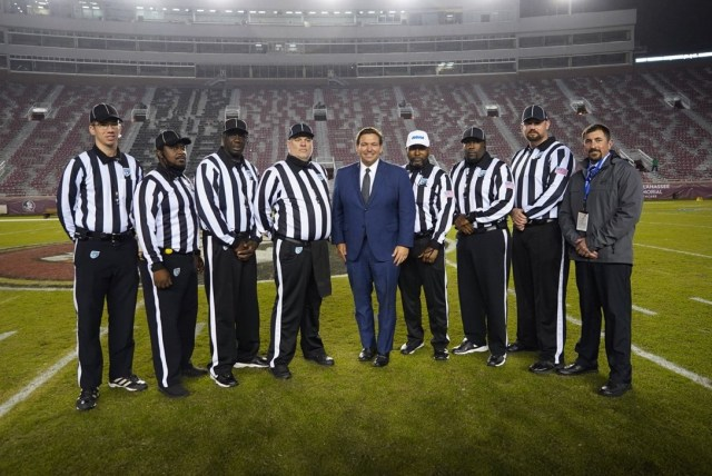 desantis unmasked football