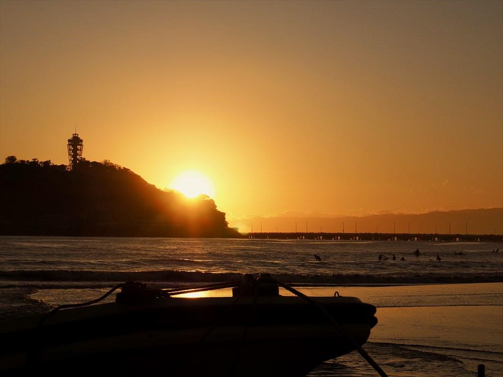 夕日 江ノ島