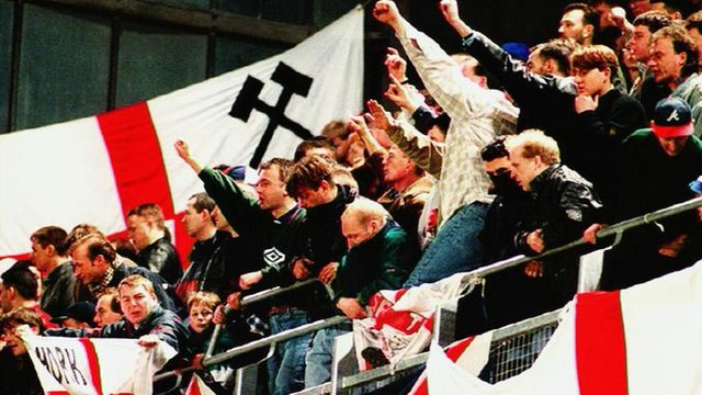 england supporters lansdowne road riots 1995