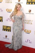 Abigail Breslin wore a Badgley Mischka dress with Jennifer Meyer jewellery