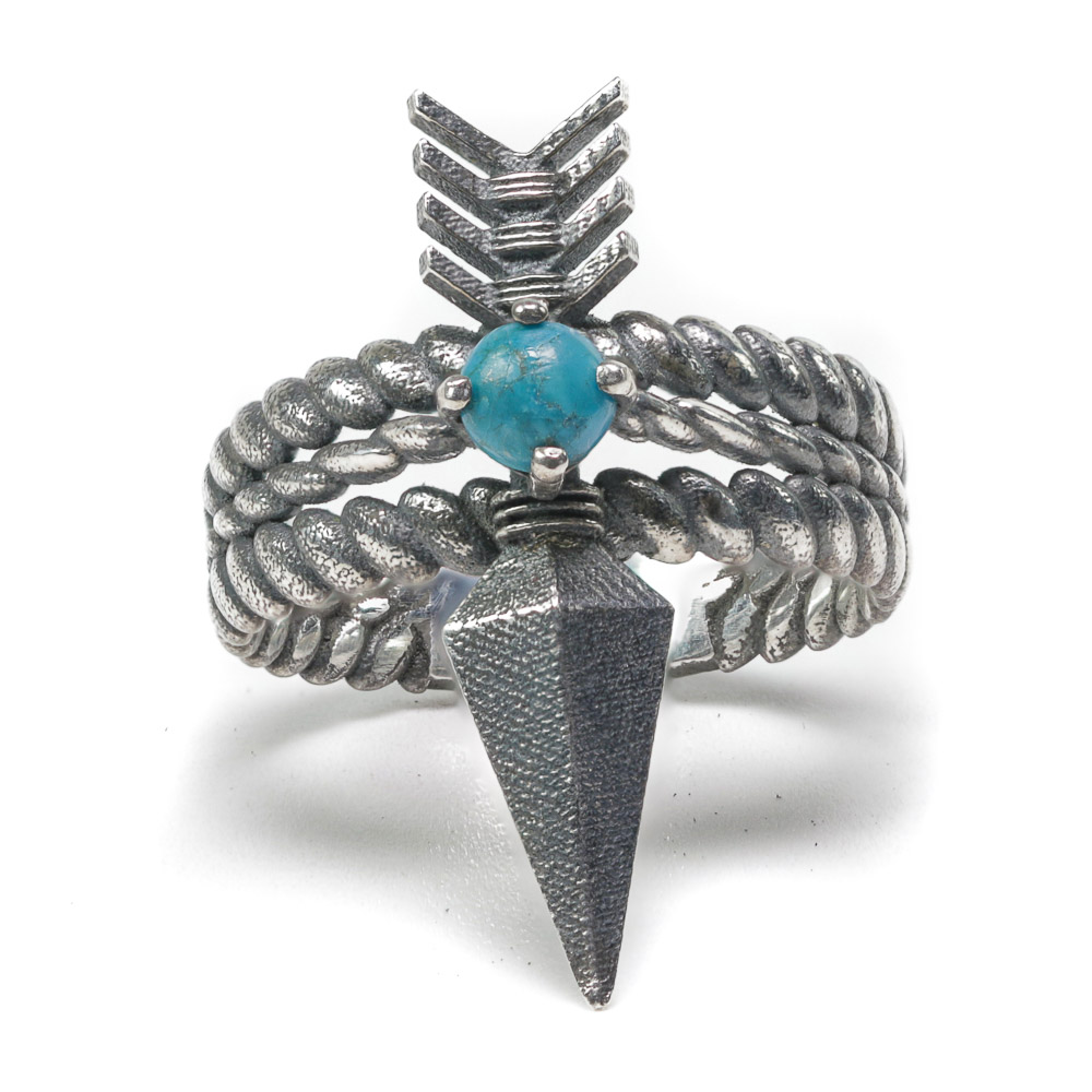 Quanah arrow ring silver