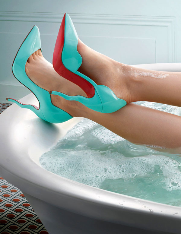THE SECRET BEHIND LOUBOUTIN RED SOLE SHOES