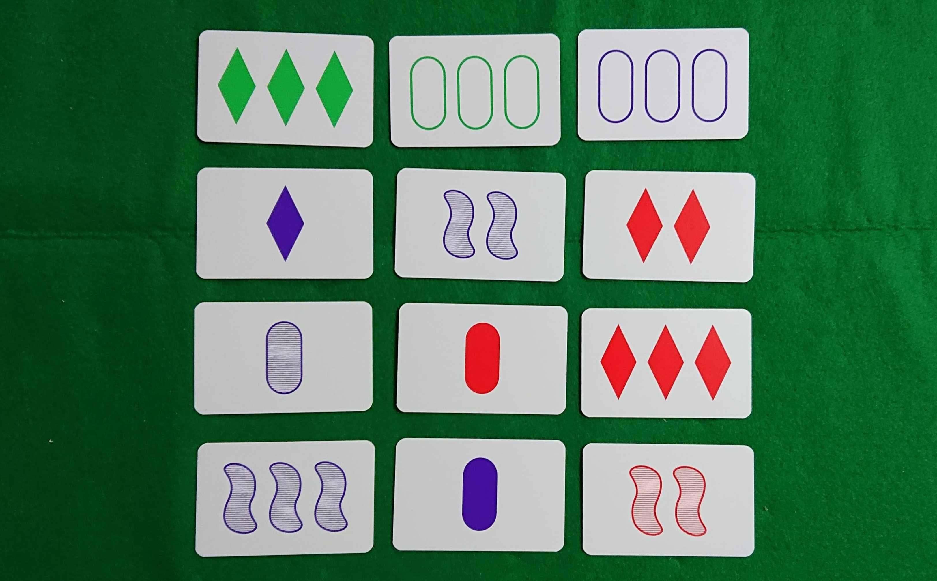 セット(SET) カードゲーム 同じ!で違う!ものを探せ? ボードゲーム ルール説明