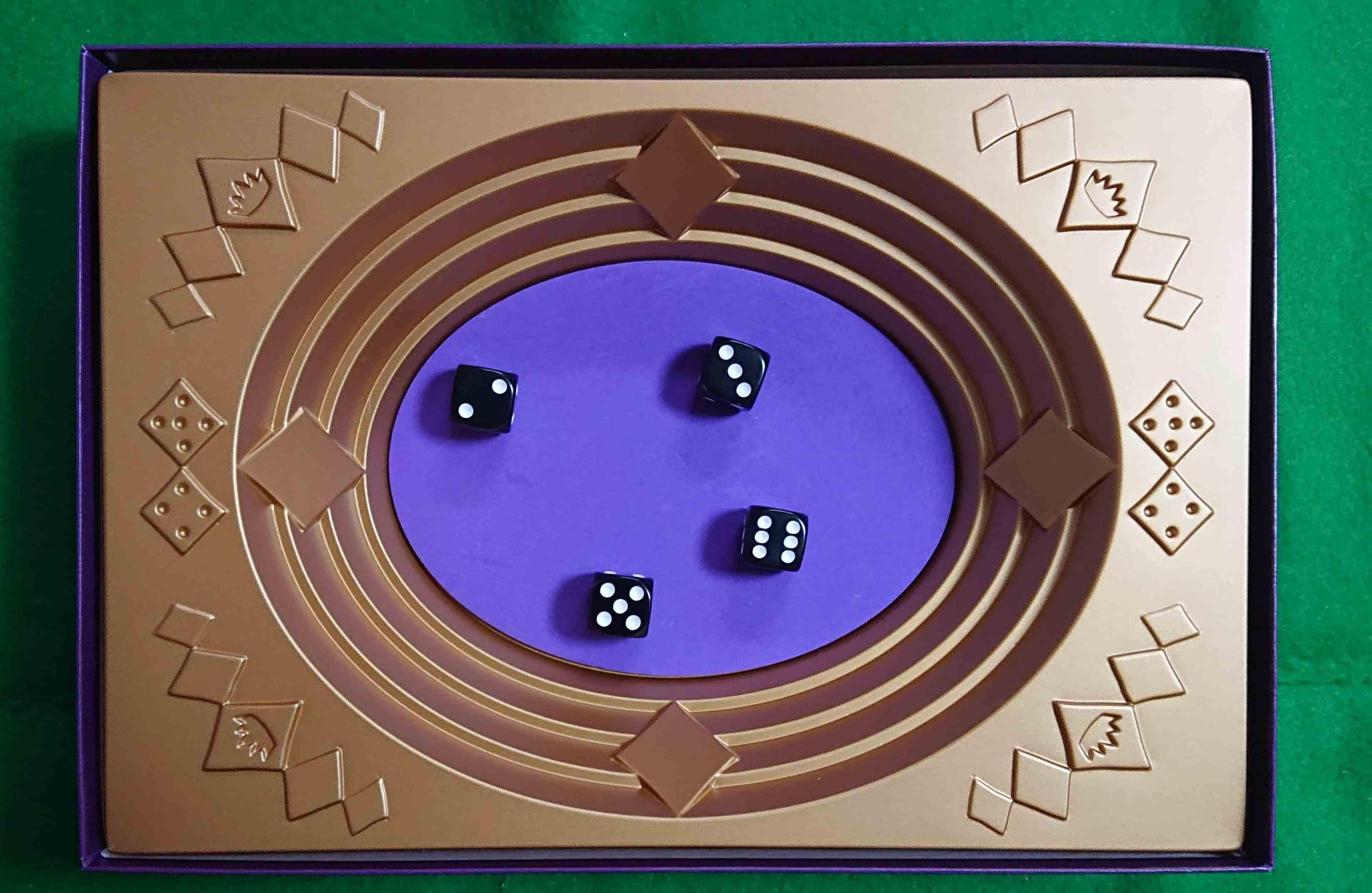 ストライク(STRIKE) ダイスを振って戦うボードゲーム