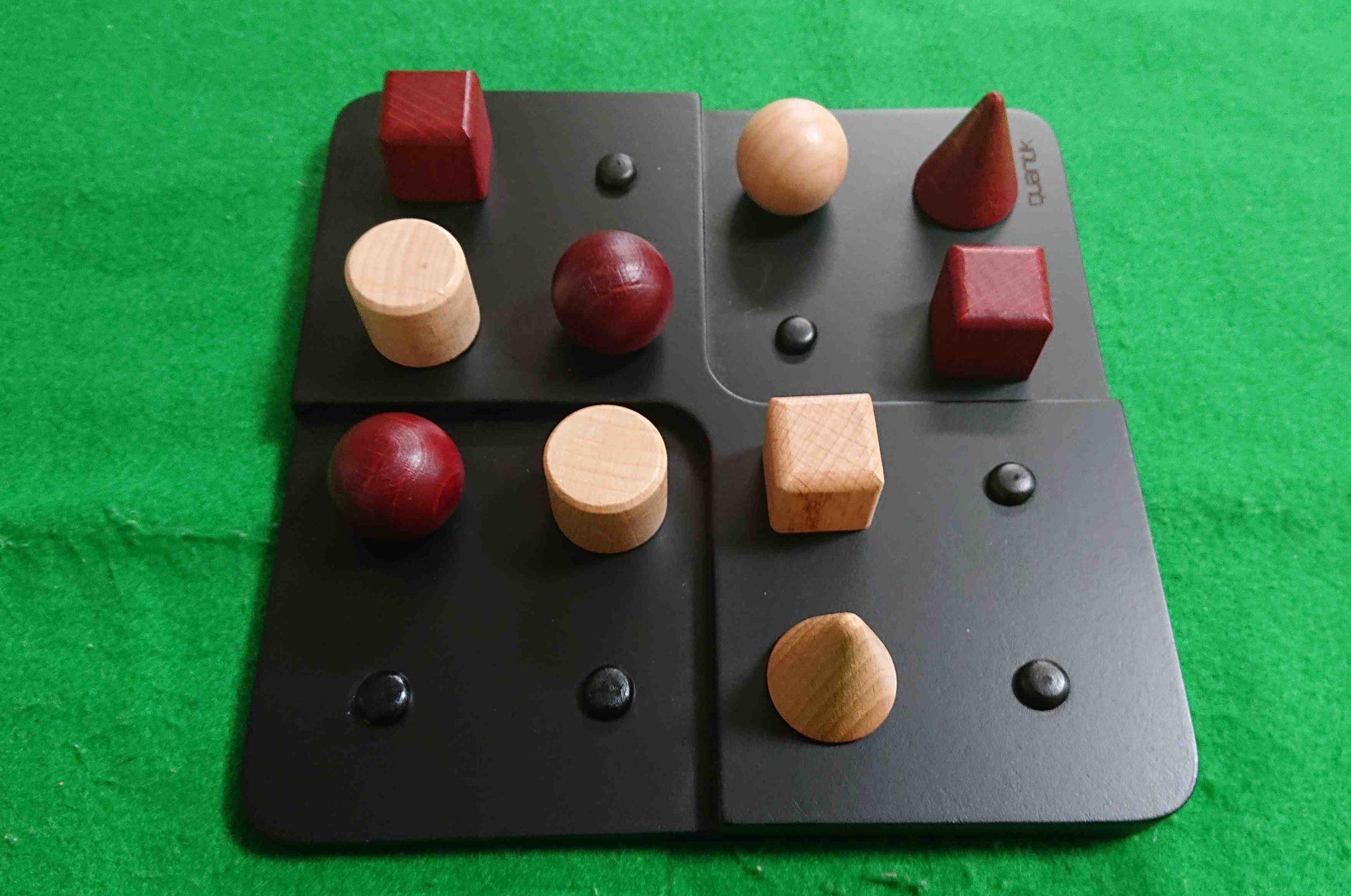 QUANTIK(クアンティック) ルール&レビュー アブストラクト系 ボードゲーム