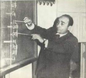 Ивелин Димитров на открития урок по солфеж в Москва 1964 год., предизвикал невиждано възхищение от постигнатото!!!