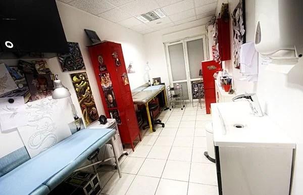 Voila LE lieu à Chelles pour se faire tatouer. LA salle, l'unique, du shop ouvert depuis presque 18 ans a Chelles