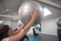 Pilates Ball au centre Qee Boulogne