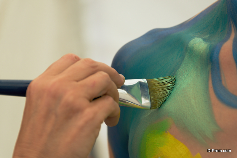 9 Simple Body Paint Ideas You Can Even Try At Home