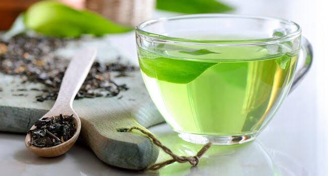 chá verde é um dos alimentos naturais para dar mais disposição