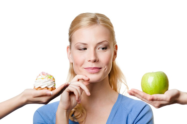 Coma frutas no lugar de doces na hora da sobremesa
