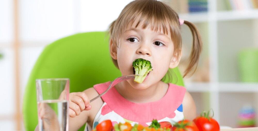 Em que alimentos encontrar as vitaminas mais importantes para o desenvolvimento infantil