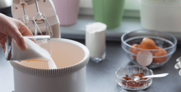 Como substituir o açúcar por adoçante nas receitas?