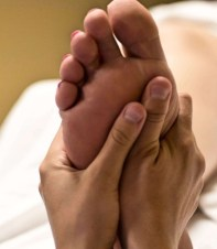 Foot-massage-1200x628.jpg